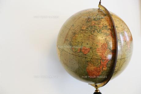 古い昔の地球儀の写真素材 [FYI00888508]