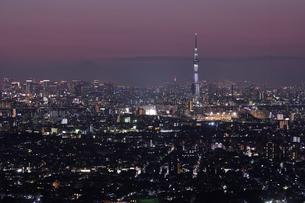 東京の夜景の写真素材 [FYI00889636]