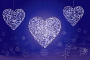 クリスマスのイメージの背景イラスト|雪の結晶で描いた3連のハート|Merry Christmasのイラスト素材 [FYI00889981]