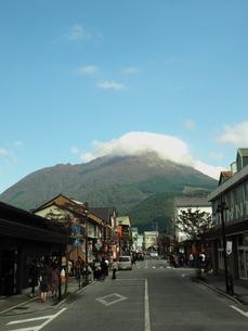 由布岳の秋 大分県の写真素材 [FYI00890172]