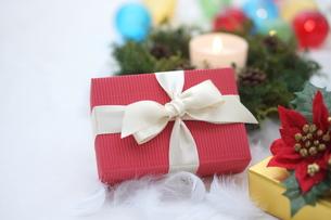 クリスマスプレゼントの写真素材 [FYI00890476]