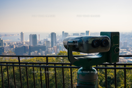 展望台の双眼鏡の写真素材 [FYI00891600]