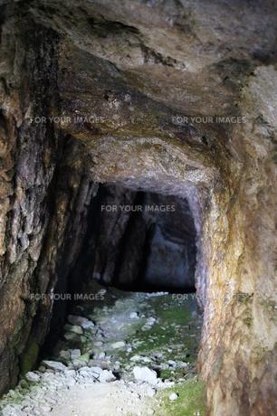 石見銀山の風景 龍源寺間歩(間歩内)の写真素材 [FYI00892751]