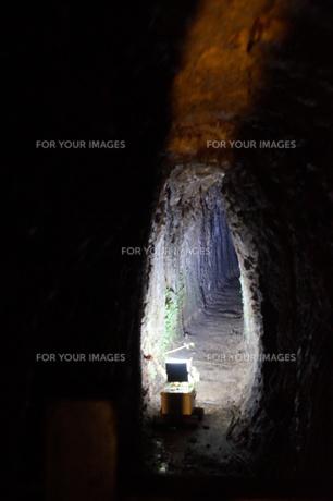 石見銀山の風景 龍源寺間歩(間歩内)の写真素材 [FYI00892755]