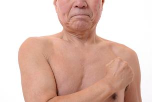 日本人シニアの健康な体の写真素材 [FYI00893103]