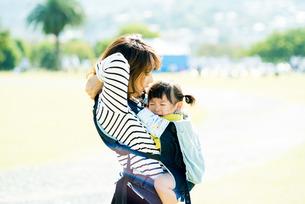 子供の泣き顔の写真素材 [FYI00893563]