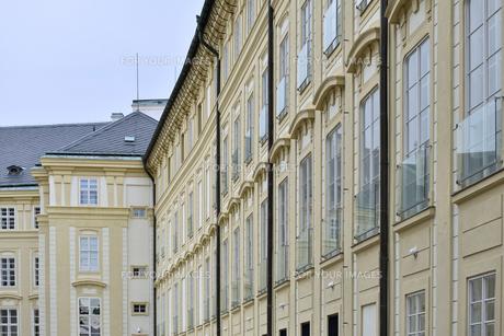 プラハ城「第三の中庭」の写真素材 [FYI00894229]