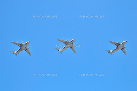 C-1輸送機の編隊の写真素材 [FYI00894339]
