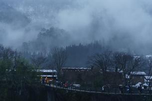 冬の白川郷の写真素材 [FYI00894592]