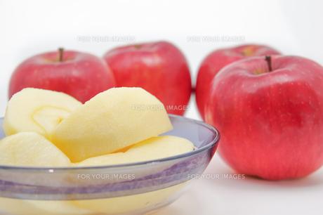 秋の味覚、林檎の写真素材 [FYI00894943]