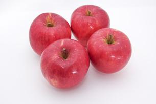 秋の味覚、林檎の写真素材 [FYI00894972]