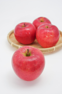秋の味覚、林檎の写真素材 [FYI00895001]