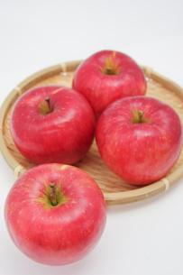秋の味覚、林檎の写真素材 [FYI00895003]