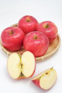 秋の味覚、林檎の写真素材 [FYI00895007]