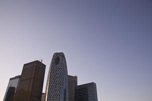 新宿駅西口高層ビル群の素材 [FYI00895569]