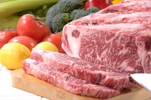 牛肉(サーロイン)の素材 [FYI00899267]