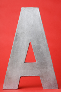 Letter A on red backgroundの素材 [FYI00900873]