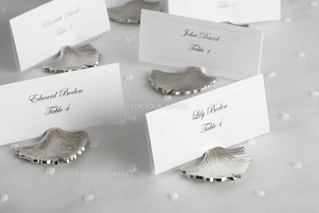 Place cards for wedding guestsの素材 [FYI00903056]