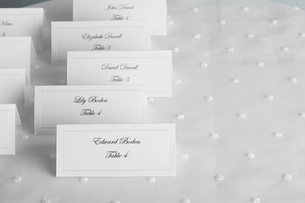 Place cards for wedding guestsの素材 [FYI00903064]