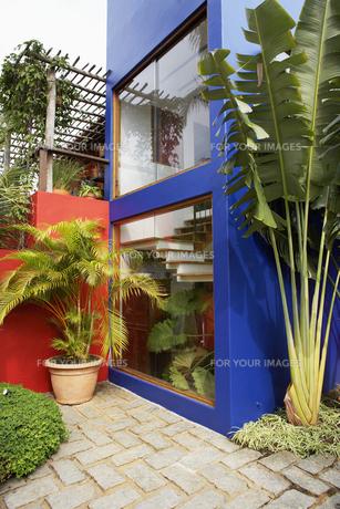 Exterior of modern houseの素材 [FYI00904443]