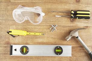 DIY Tools on Woodの素材 [FYI00905169]