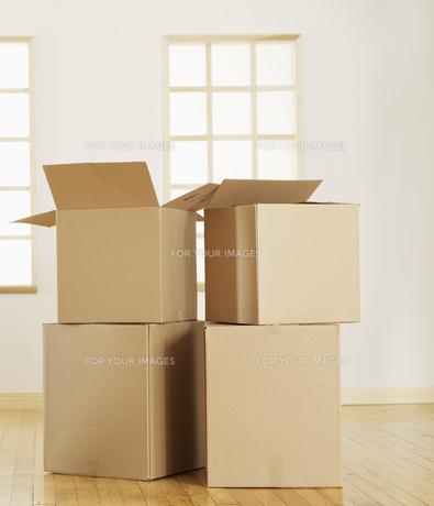 Four Cardboard Boxesの素材 [FYI00906196]