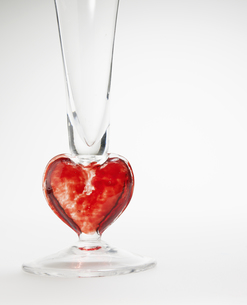 Decorative Glass with Heart Shapeの素材 [FYI00907218]