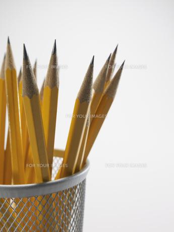 Pencils in Pencil Holderの素材 [FYI00907324]
