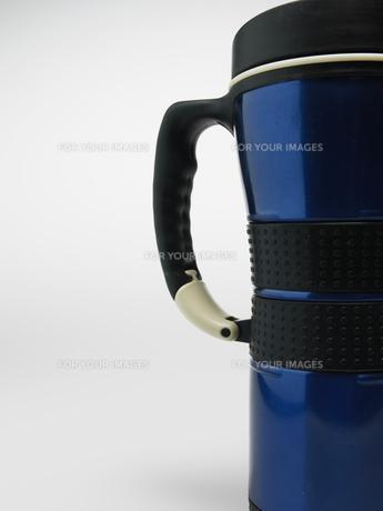 Close-Up of Single Commuter Mugの素材 [FYI00907359]