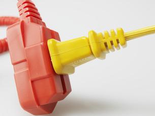 Electrical Cord in Yellow Plugの素材 [FYI00907374]