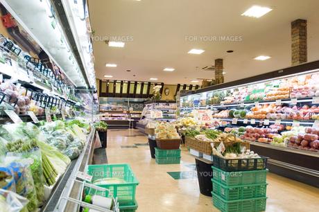 スーパーマーケット店内の素材 [FYI00908580]