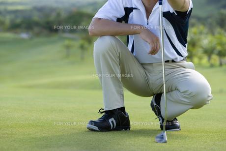 男性ゴルファーの素材 [FYI00911246]