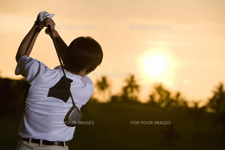 日本人男性ゴルファーの素材 [FYI00911281]