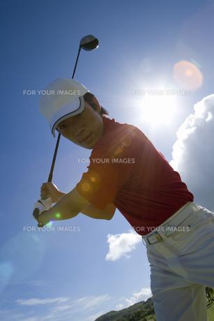 日本人男性ゴルファーの素材 [FYI00911315]