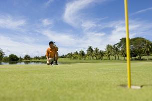 日本人男性ゴルファーの素材 [FYI00911334]