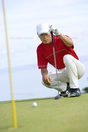 日本人男性ゴルファーの素材 [FYI00911360]