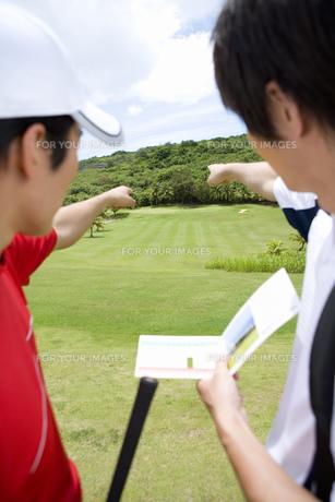 日本人男性ゴルファーの素材 [FYI00911362]