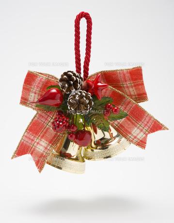 クリスマスベルの飾りの素材 [FYI00914657]