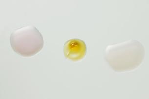 乳液の素材 [FYI00915358]