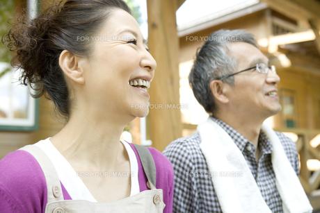 笑顔のシニア夫婦の素材 [FYI00919281]