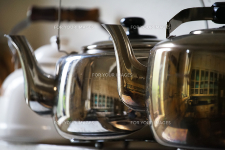 台所のやかんの写真素材 [FYI00921267]