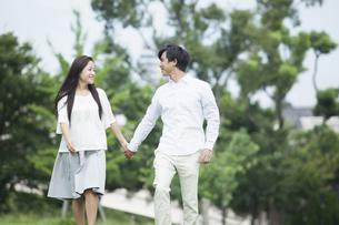 若い男女のカップルの素材 [FYI00921929]