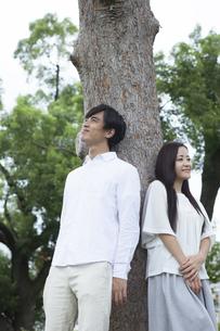 若い男女のカップルの素材 [FYI00921952]