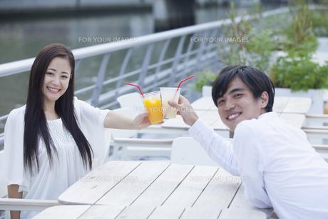 若い男女のカップルの素材 [FYI00922016]