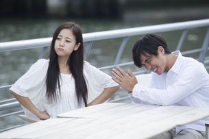 若い男女のカップルの素材 [FYI00922025]