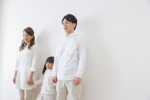 団欒する家族の写真素材 [FYI00922505]