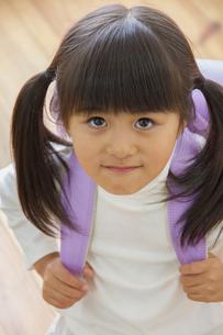 ランドセルを背負う女の子の写真素材 [FYI00922530]