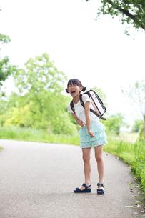 ランドセルを背負った小学生の写真素材 [FYI00922755]