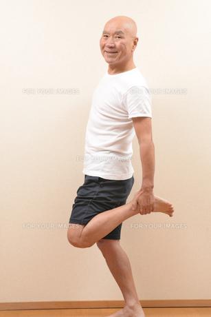 シニアの体操の写真素材 [FYI00923043]