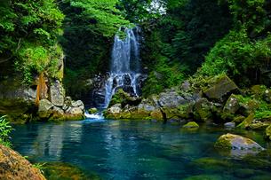 滝と川の写真素材 [FYI00923327]